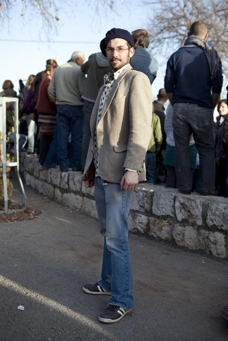 Amir Atsmon | Writer and waiter